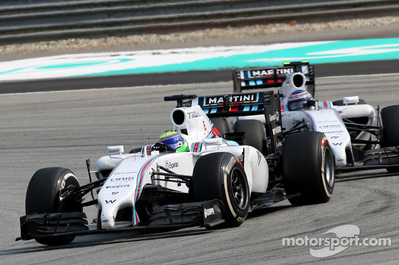 Drivers say Massa wrong to ignore team order