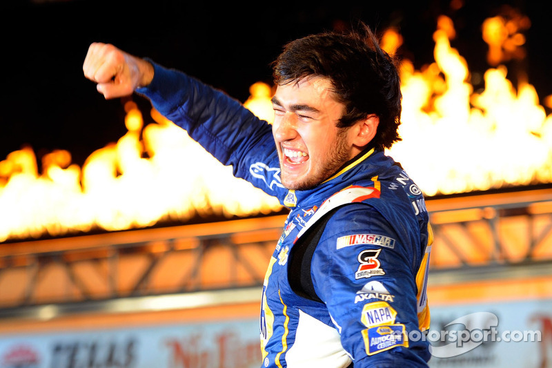 Chase Elliott gets maiden Nationwide win at Texas Motor Speedway