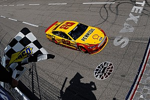 Joey Logano passes Jeff Gordon on final lap for Texas win