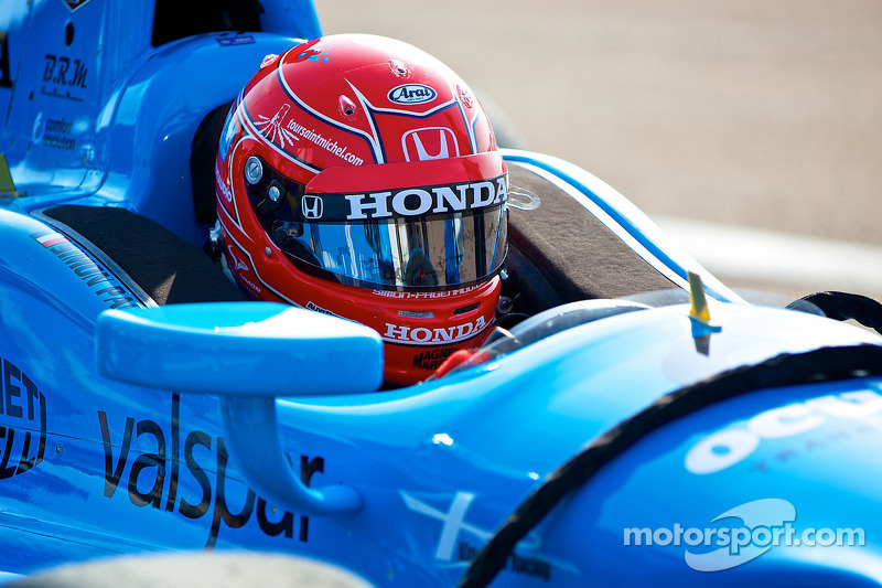 Pagenaud leads way in Long Beach