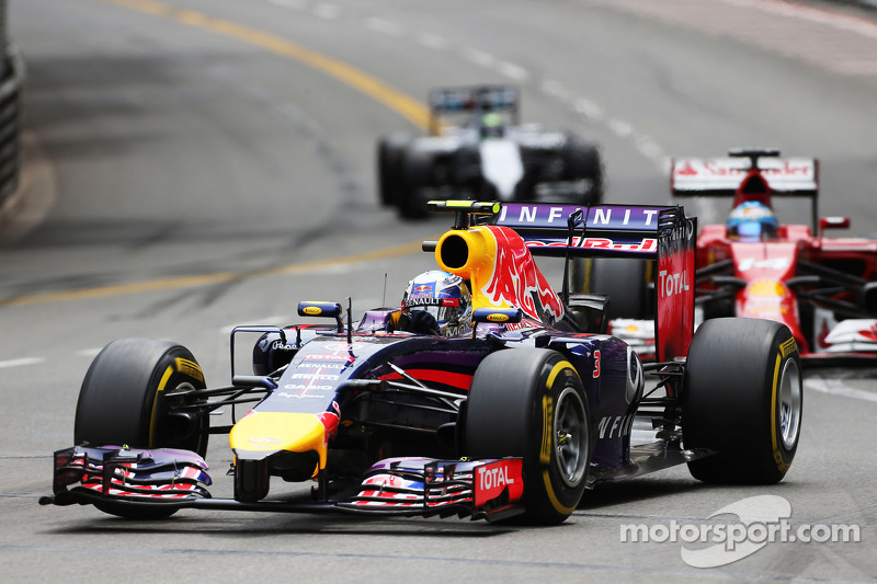 Red Bull getting closer with Ricciardo in third on the Monaco GP