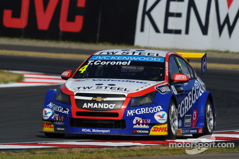 Strong showing by Tom Coronel in Moscow