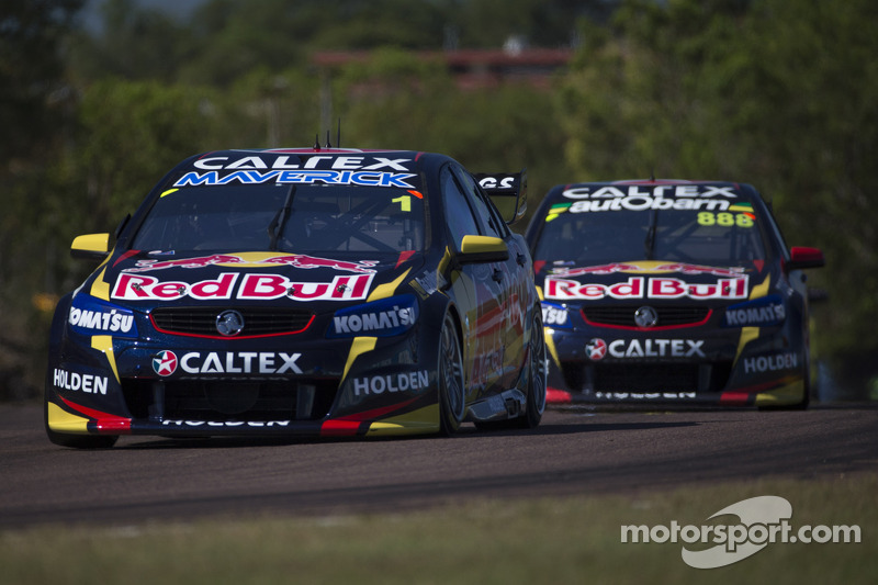 Lowndes heads an all Red Bull front row for the third race in Darwin