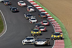 Battle at the beach for the Blancpain Sprint Series