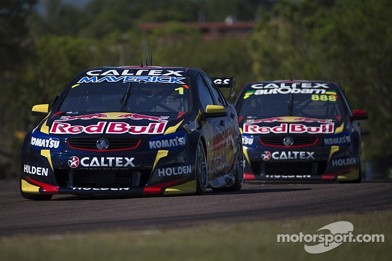 Whincup leads Red Bull 1-2 in opening race at Queensland Raceway