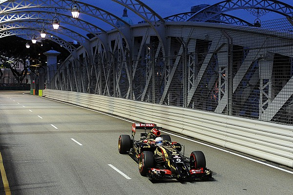 Grosjean slams Renault in Singapore qualifying