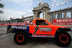 Offroad Breaking news Robby Gordon's Stadium Super Trucks to support V8SC in 2015 Clipsal 500