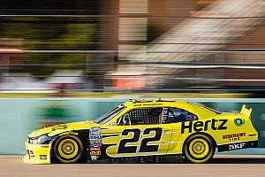 Keselowski earns pole position for Nationwide finale