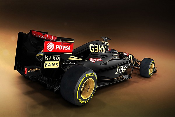 New Lotus finally on way to Jerez after delay