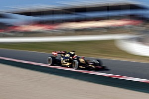 Lotus' Jolyon Palmer does 77 laps at the Circuit de Barcelona-Catalunya