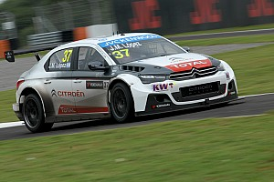 WTCC Qualifying report Lopez scores pole in Argentina by over a second