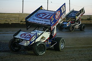 Tony Stewart Racing: Donny Schatz Thunderbowl Raceway World of Outlaws advance