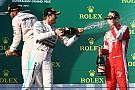 Rosberg invita a Vettel al pit de Mercedes