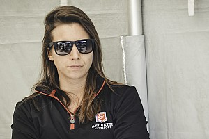 De Silvestro to race Indy 500 with Andretti