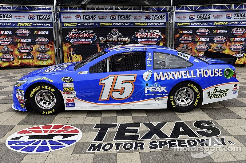 Maxwell House signs with Michael Waltrip Racing