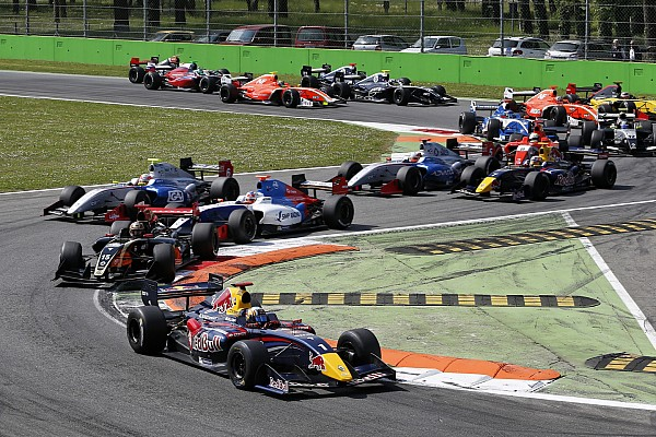 Formula Renault 3.5's Battle of Britain