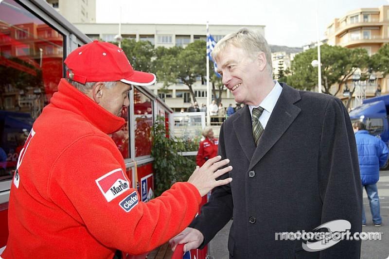 Max Mosley propone limitar presupuestos en la F1
