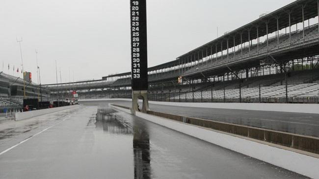 La pioggia blocca le prove libere della Indy 500