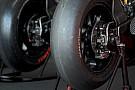 Corsa a tre tra Michelin, Dunlop e Pirelli per la MotoGp