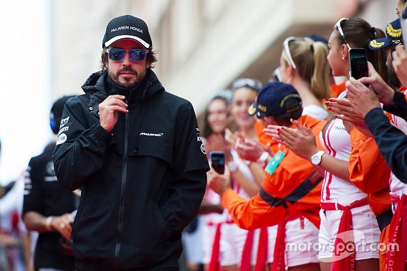 Briatore: Alonso still better off out of Ferrari