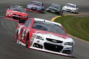 Kevin Harvick tops first Sprint Cup practice, Kurt Busch finds the wall
