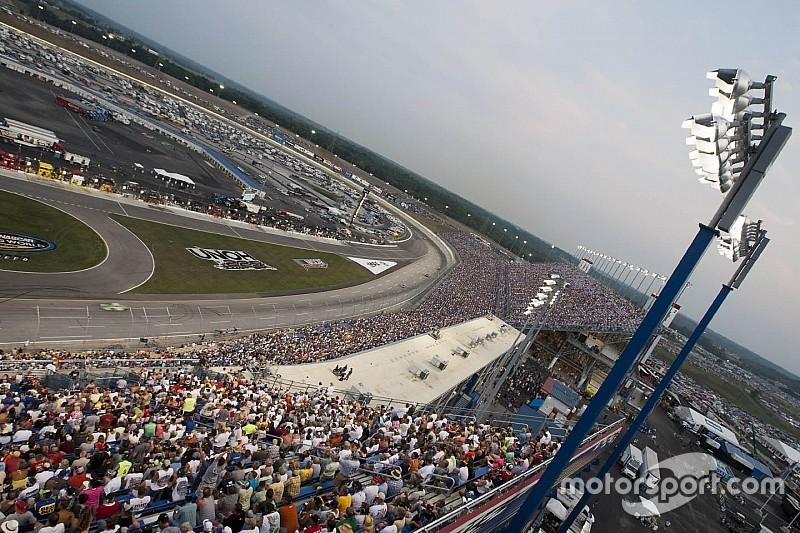 NASCAR cancela práctica de  Sprint Cup  en Kentucky