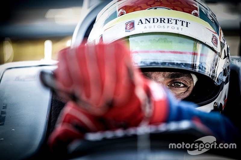 عالم الفورمولا واحد يقف حزناً على رحيل جاستن ويلسون