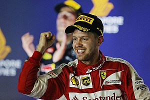 Formula 1 Race report Singapore GP: Vettel scores third Ferrari win, fan invades track