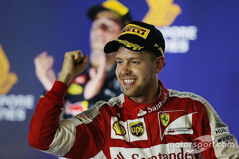 Singapore GP: Vettel scores third Ferrari win, fan invades track