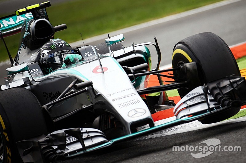 Japanese GP: Rosberg fastest in dry third free practice