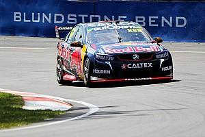 V8 Supercars Breaking news Bathurst 1000: Lowndes leads, problem costs Whincup