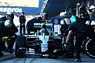 Mercedes niega temor por problemas mecánicos