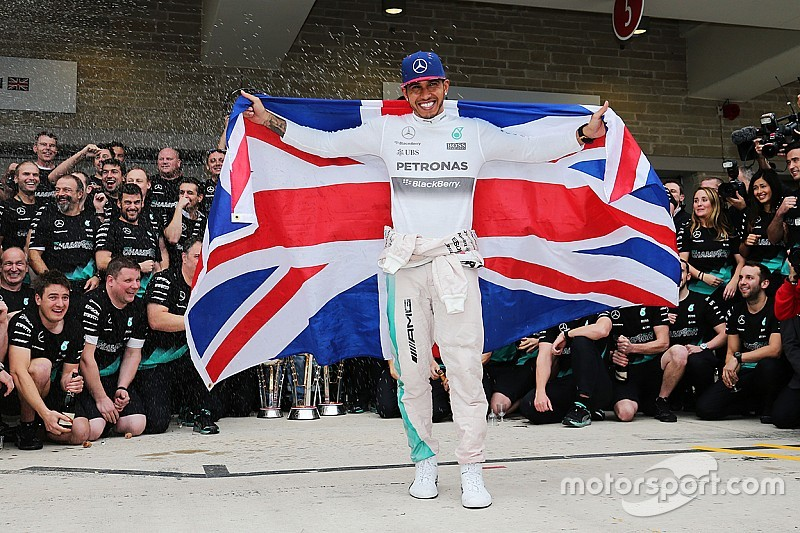 Hamilton: No one left to emulate after matching Senna