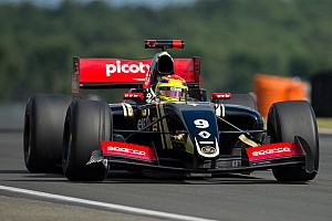 Formula 3.5 Testing report Lotus completes winning 2015 season