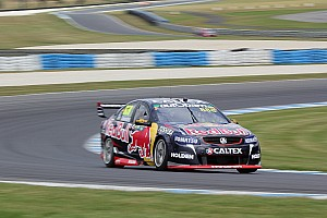 V8 Supercars Race report Phillip Island V8s: Lowndes wins to keep title fight alive