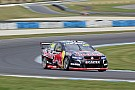 V8 Supercars Phillip Island V8s: Lowndes wins to keep title fight alive