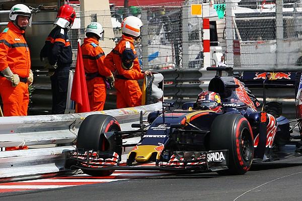 Formula 1 Ultime notizie Toro Rosso: Kvyat aveva rotto il T-tray sul cordolo delle Piscine