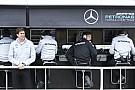 ウルフ、F1の無線制限について再考を求める