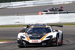 BSS Gara La McLaren del Garage 59 trionfa nella Main Race del Nurburgring