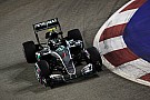 F1シンガポールGPフリー走行3回目タイム結果:ロズベルグが首位もフェルスタッペン大接近