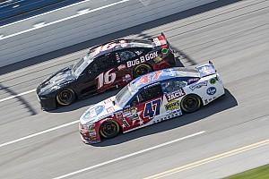 NASCAR Sprint Cup Noticias de última hora Roush Fenway Racing sólo tendrá dos autos en 2017
