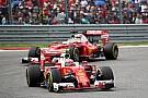 Formule 1 Pour Noël, habillez-vous aux couleurs de Ferrari avec Motorstore.com!