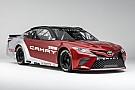 Monster Energy NASCAR Cup Toyota muestra su nuevo Camry para NASCAR