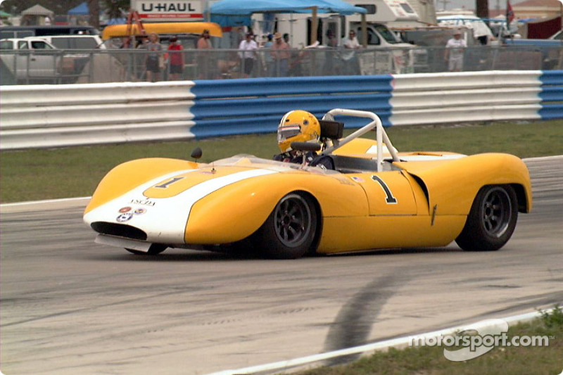 Duncan Dayton's '72 Chevron
