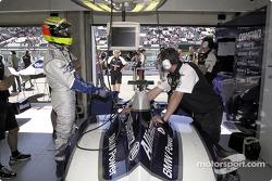 Ralf Schumacher in garage