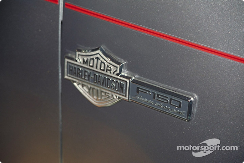 Special Harley-Davidson Ford F-150 name plate