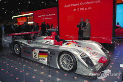 The ALMS and Le Mans 2001 Audi R8