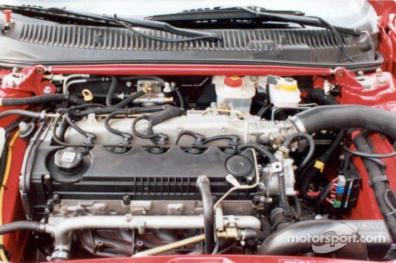 Engine of the Alfa Romeo 156