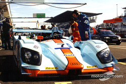 The Gulf team were relaxed before the race