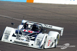 James Weaver captured his first pole of the sesason during qualifying for the UnitedAuto 200 presented by azcentral.com